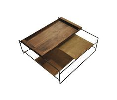 Sidetable series de FOUNDED