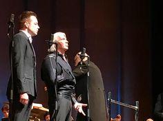 Дмитрий Хворостовский не сдержал слез на концерте в Красноярске | StarHit.ru