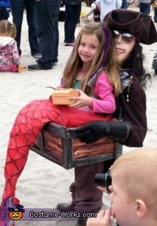 Mermaid Captured by a Pirate - Halloween Costume Contest via @costumeworks