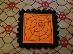 Spider Web Coasters w/tutorial   http://www.craftster.org/forum/index.php?topic=199794.0&utm_medium=Email&utm_source=ExactTarget&utm_campaign=