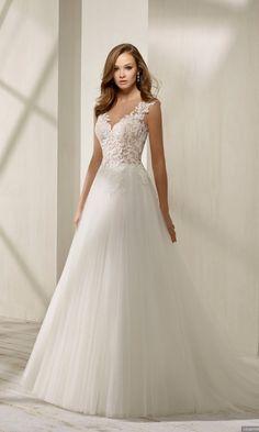 4e633fc6a Vestidos de novia Divina Sposa 2019  una colección tan clásica como actual