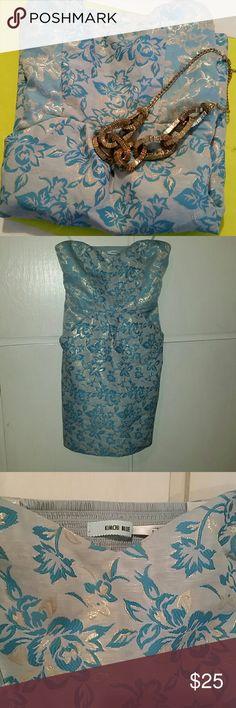 Kimchi Blue strapless dress Kimchi Blue strapless dress  Blue and Gold floral design Side pockets Elastic on back Kimchi Blue Dresses Mini