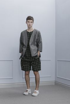 1O04_Timeline Worker Noragi/1S03_Pullover SS Shirt/1P05_Width Pleat Shorts