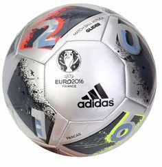144 Gambar SOCCER BALLS terbaik   Sepak bola, Pemain bola