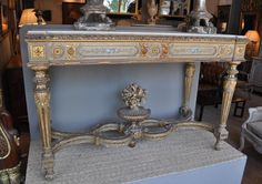 Large and beautiful Louis XVI Style  table console, 19th Century. Gilt and painted wood. Italian work. For sale on Proantic by Hugo Mesureur. .#console   #19thcentury