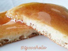 TORTITAS AMERICANAS O PANCAKES Hot Dog Buns, Pancakes, Cheesecake, Food And Drink, Bread, Desserts, Recipes, Chocolates, Foodies