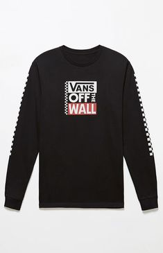 """Step out in a skater-style-approved tee provided by Vans. The Big Block Long Sleeve T-Shirt has long sleeves with the brand's iconic checkerboard detailing and a custom """"OFF THE WALL"""" graphic on the front.    Solid tee  Vans graphics on chest and sleeves  Crew neck  Long sleeves  Ribbed neck and cuffs  Machine washable"""