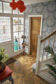 Hallway Renovation Before and After Projects Interior Design light fixtures foyer Entry Ways Home Entrance decorating ideas flooring decor table lighting design modern wallpaper feature wall parquet flooring Inspiration Grey Interior Design, Feature Wall Bedroom, Decor Interior Design, House Interior, Entrance Decor, Hallway Designs, Interior Design, Tiled Hallway, Lighting Design Interior