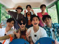 Na Jaemin, Kpop, Nct Dream, Nct 127, Cute Boys, Boy Groups, Superman, Mens Sunglasses, The Unit