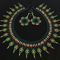 Native American style 4 feather Beaded by - IJK KIM Loom Beading, Beading Patterns, Seed Bead Necklace, Beaded Necklace, Necklaces, Bling Bling, Beaded Collar, Handmade Beaded Jewelry, Bead Jewellery