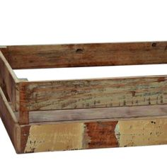 These Fulham crates form part of recycled pieces that are as unique as their makers. Curated and carefully brought back to their best, these timeless crates are ready to begin a new chapter in your home.