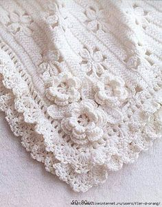 Crochet baby blanket. Chart pattern here: http://refankosmetika.ru/post348204197/