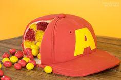 Sallys Blog - Alvin and the Chipmunks – Motivtorte mit Süßigkeitenfach