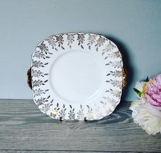 Elegant Vintage Gold And White English Cake Plate decorated with pretty gold floral pattern Vintage Cake Plates, Quiche Dish, White China, Handmade Items, Handmade Gifts, Bone China, Tea Cups, Decorative Plates, Unique Jewelry