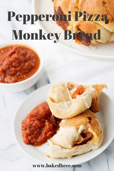 Pepperoni and cheese hidden inside pizza dough and baked in a Bundt pan. Serve with pizza sauce. Veggie Recipes, Snack Recipes, Dinner Recipes, Bread Recipes, Pizza Recipes, Easy To Make Appetizers, Appetizer Recipes, Kids Cooking Recipes, Healthy Cooking