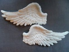 Beautiful angel wings would look heavenly on any wall. Designed to be hung side by side. We chose these for the intricate detailing and generous size of 42cm by 20cm.Sold as a pair.Vintage White