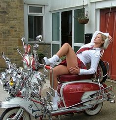 Crazy for back mirror Vespa Scooter Away From The Numbers Scooter Bike, Lambretta Scooter, Vespa Scooters, Lady Biker, Biker Girl, Red Vespa, Motos Vespa, Mod Girl, Vespa Girl