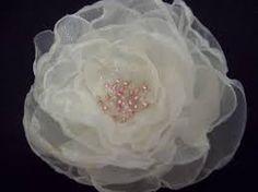 Resultado de imagen para flores de organza