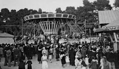Στα παιχνίδια της ΔΕΘ το 1929 - Φωτογραφία Γιώργος Λυκίδης The Turk, Thessaloniki, Greece, The Past, Fair Grounds, City, Building, Travel, Beautiful