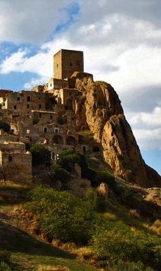 Craco #basilicata #landscape #italy #italia #lucania #matera #potenza #mountains #montagne #sea #mare #craco