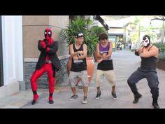 Deadpool vs Gangnam Style OMG. Hahahaha! @Kevin Pak @Lalalinzy @GenePark @EricBaranda