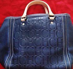 CH Bag Blue Carolina Herrera Time to change out your handbag Donate to a nonprofit store like our Bargan Boutiques Fashion Handbags, Purses And Handbags, Luxury Handbags, Designer Handbags, Perfume Carolina Herrera, Best Bags, Balenciaga City Bag, Beautiful Bags, Shoes