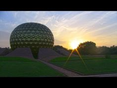 Auroville is a universal city in the making in south-India dedicated to the ideal of human unity based on the vision of Sri Aurobindo and The Mother. Sailboat Living, Living On A Boat, Auroville India, Sri Aurobindo, Ill Fly Away, Universal City, South India, Van Life, Tiny Houses