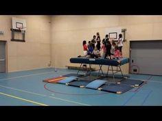 """De leukste gymles van het jaar!"" NATUURLIJK! 6A - YouTube Sport Snacks, Diogenes Club, Jr Sports, Pe Games, Physical Education Games, Youtube, Mario Kart, Motor Activities, Exercise For Kids"