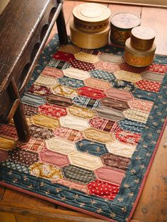 Sweet table runner. This could easily be made by English paper piecing.