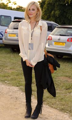 Fearne Cotton Looks Effortlessly Cool In A Simple Cream Blouse And Jeans At The Cornbury Festival 2011