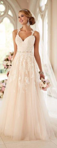 Vestido de noiva evasé