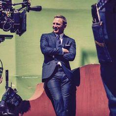 James Bond Suit, Bond Suits, New James Bond, Craig Bond, Daniel Craig James Bond, James Bond Characters, Daniel Graig, Best Bond, Jason Isaacs
