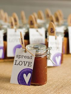 Spread Love: Apple Butter Wedding Favor. Get the details >> http://www.hgtvgardens.com/weddings/apple-butter-wedding-favors?soc=pinterest