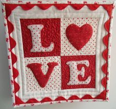 LOVE+letters+by+Julie+Cefalu+at+thecraftyquilter.com.jpg 600×563 pixels