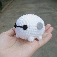 Big Hero 6 Cute MiNi Baymax ver. TsumTsum Amigurumi Crochet Doll Charms Keychain by ZaalimDolly on Etsy https://www.etsy.com/listing/229609202/big-hero-6-cute-mini-baymax-ver-tsumtsum
