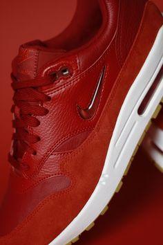 5ea80a9273 Storm Shop ® Sneakers · Con las líneas de diseño cosidas y la amortiguación  visible de las originales
