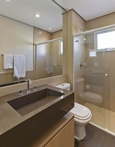 Pias de banheiro: saiba como escolher o modelo ideal Bathroom Layout, Small Bathroom, Interior Design Toilet, Modern Architecture House, Bathroom Toilets, Bathroom Furniture, New Homes, House Design, Decoration
