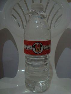 Água mineral personalizada da Minie.