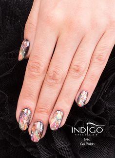 Gel polish mix by Indigo Educator Paulina Walaszczyk Find more Inspiration at www.indigo-nails.com #nails #galaxy #manicure