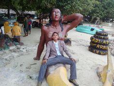 Patung duyung, pantai pasir putih Lampung