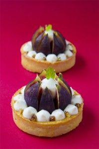 tartelette figue vanille Small Desserts, Fancy Desserts, Pastry Recipes, Dessert Recipes, Cooking Recipes, Blog Patisserie, Bon Dessert, Masterchef, Beautiful Desserts
