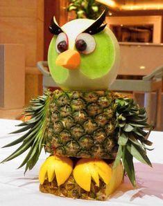 owl pineapple                                                                                                                                                                                 Mais