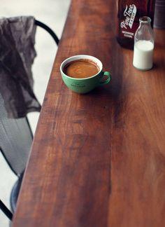 ahşap ve kahvenin renk uyumu