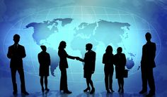 Esta industria no está especialmente protagonizada por dichos servicios o productos, sino que su principal y destacado activo son los Networkers.