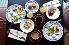 Portland Variety has taken over the coveted spot at the corner of Portland and King formerly occupied by KiWe Kitchen. The cafe (and soon to be launched . Sunday Breakfast, The Breakfast Club, Gothenburg, Recipe Of The Day, Asian, Healthy Life, Brunch, Tasty, Nutrition