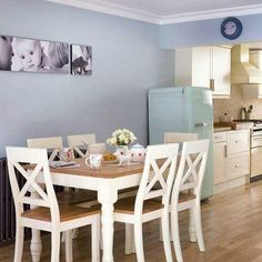 Two toned dining