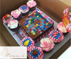 CANDY CRUSH CAKE AND CUPCAKES