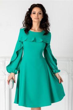 Next stop: Pinterest Cold Shoulder Dress, Casual, Dresses, Fashion, Horsehair, Vestidos, Moda, Fasion, Dress