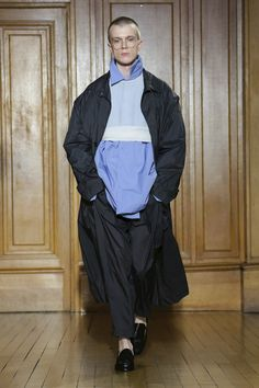 Hed Mayner Fashion Show Menswear Collection Fall Winter 2018 in Paris