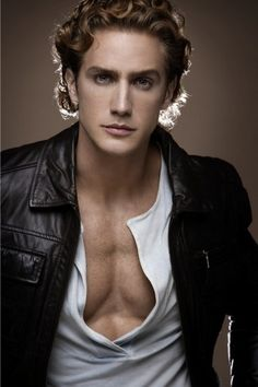 Eugenio Siller, Mexican singer/model/actor, b. 1981